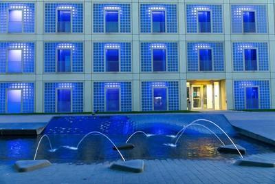 Stuttgart_Bibliothek bei Nacht